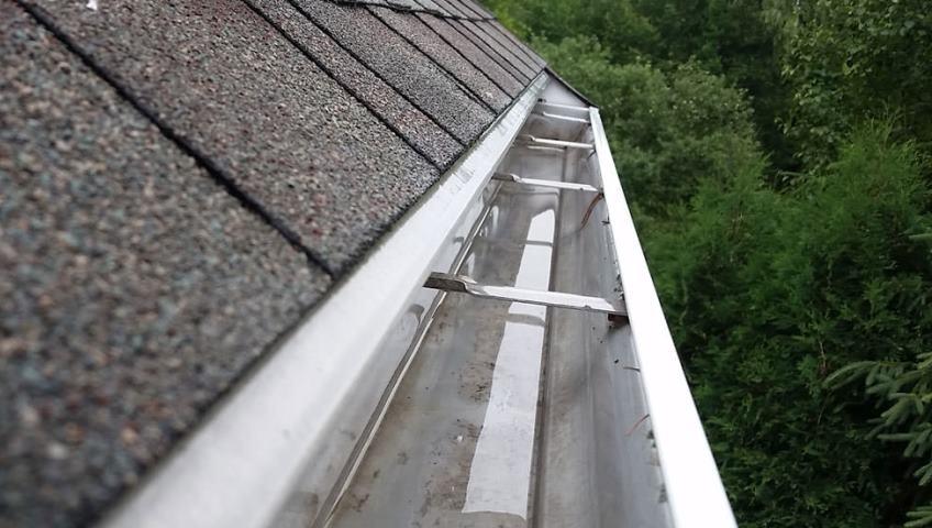 Gutter Cleaning Amp Repair Handyman Fix It 174 Ma Metro West